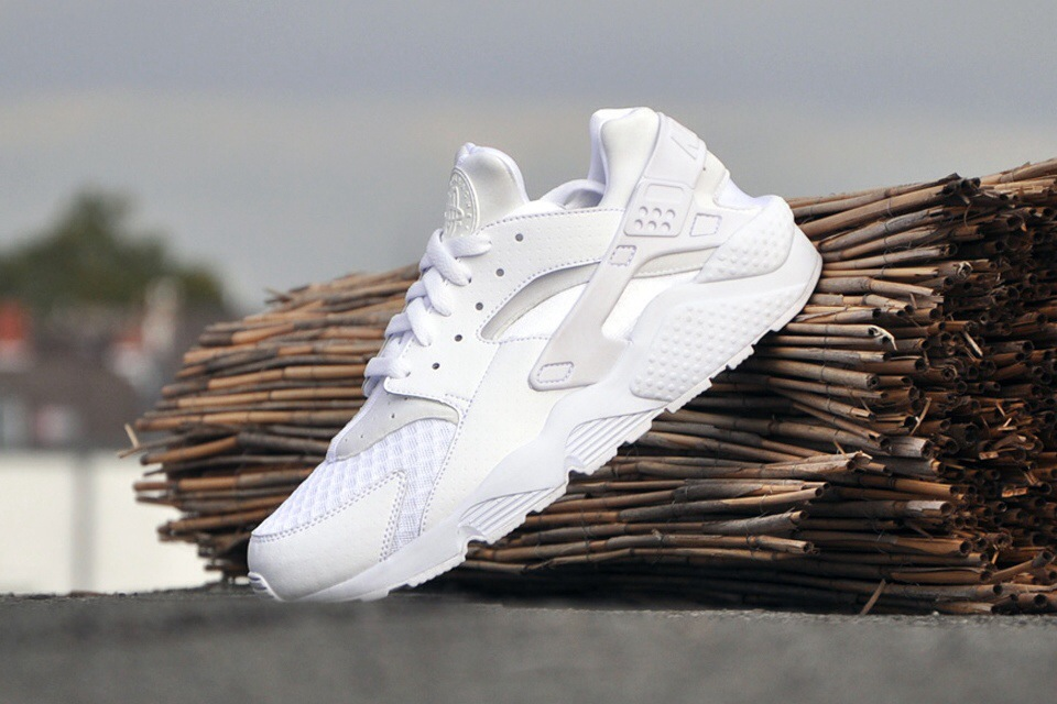 "on sale f8ea9 9e1bb SneakersNike Air Huarache ""WhiteWhite-Pure Platinum"""