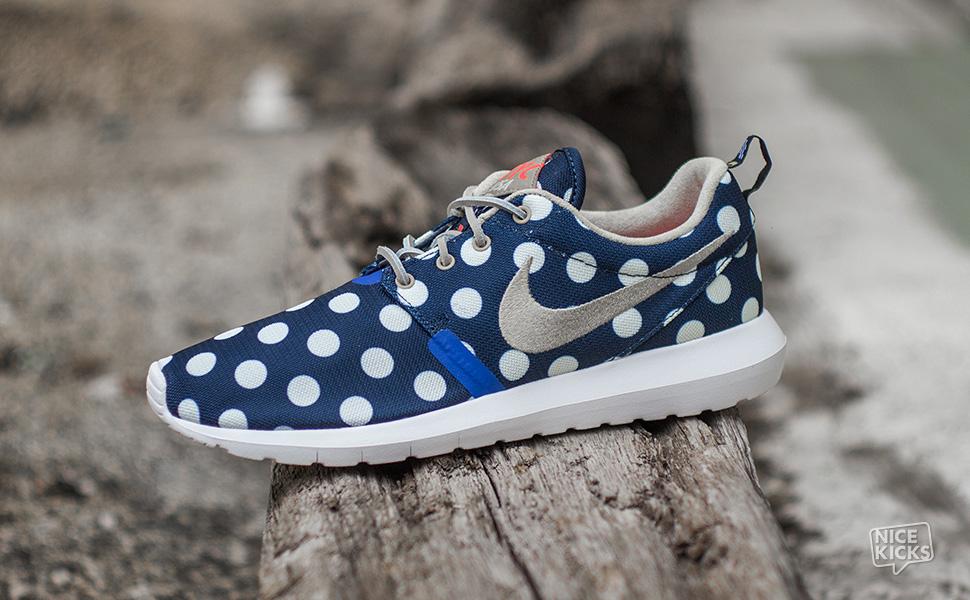 e69f2a6c4a0d6 Sneakers