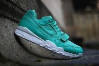 crystal-mint-air-trainer-2