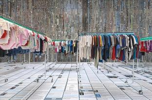 ai-weiwei-laundromat-6