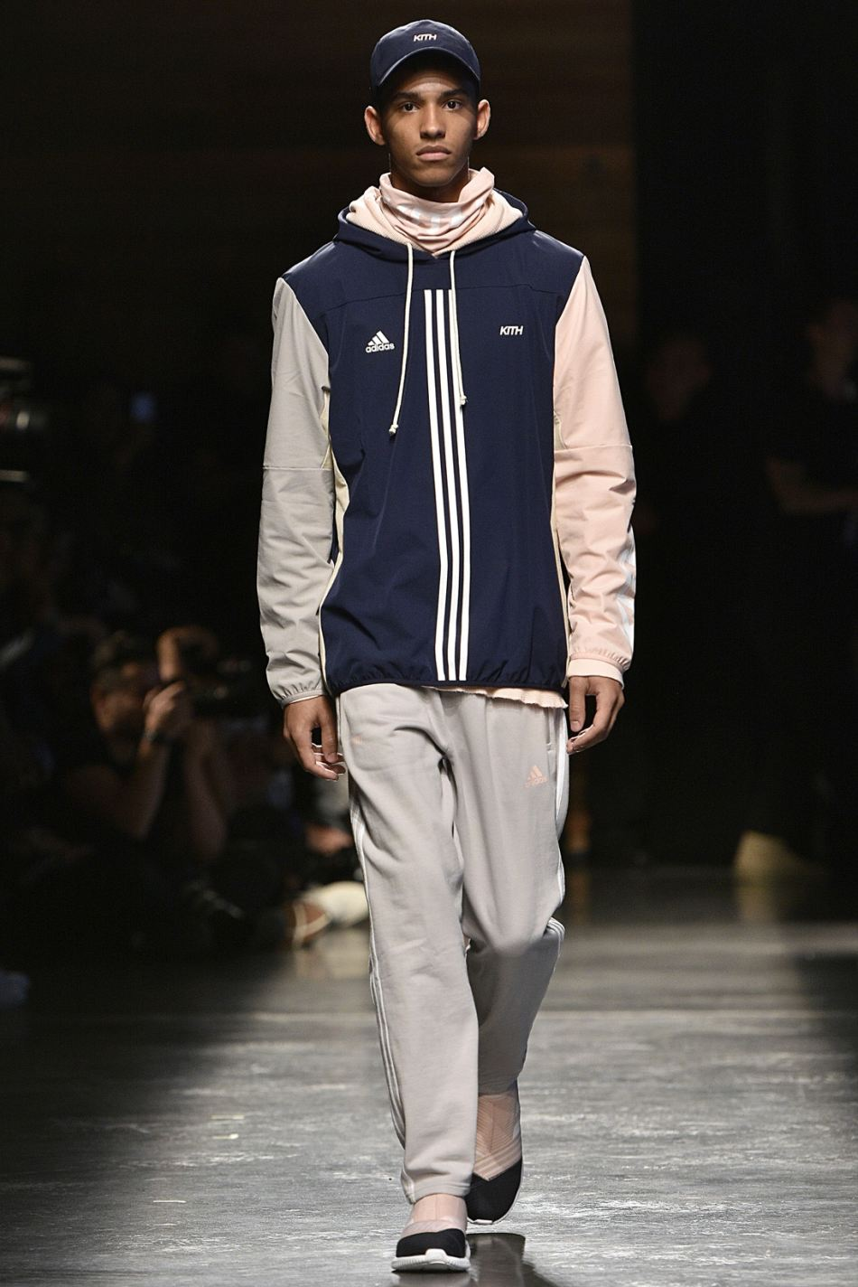 http3a2f2fhypebeast-com2fimage2f20172f092fkith-sport-2018-spring-summer-collection-runway-29