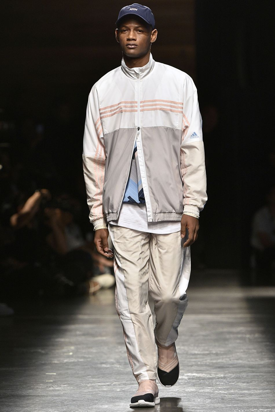 http3a2f2fhypebeast-com2fimage2f20172f092fkith-sport-2018-spring-summer-collection-runway-30