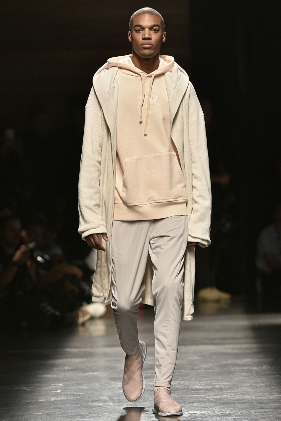 http3a2f2fhypebeast-com2fimage2f20172f092fkith-sport-2018-spring-summer-collection-runway-31