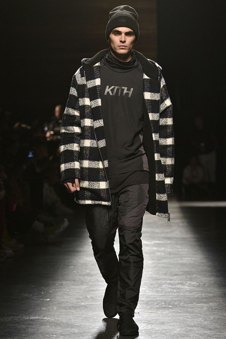 http3a2f2fhypebeast-com2fimage2f20172f092fkith-sport-2018-spring-summer-collection-runway-34