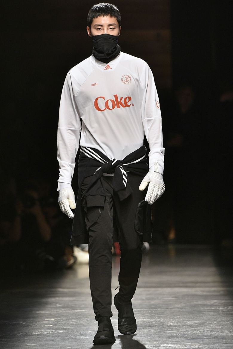 http3a2f2fhypebeast-com2fimage2f20172f092fkith-sport-2018-spring-summer-collection-runway-37
