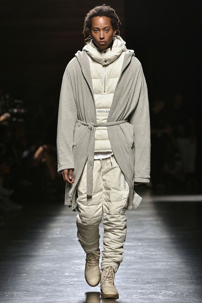 http3a2f2fhypebeast-com2fimage2f20172f092fkith-sport-2018-spring-summer-collection-runway-44