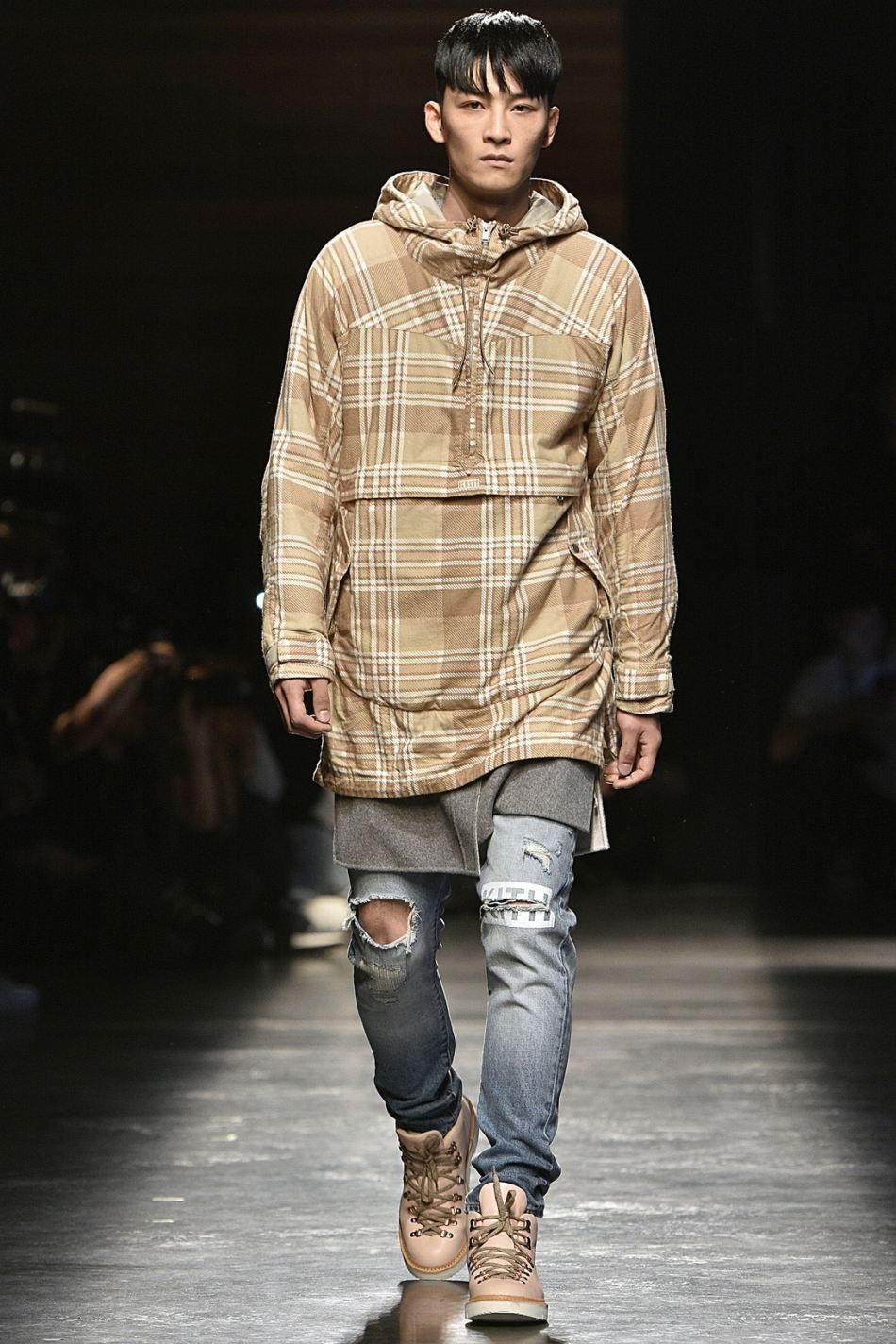 http3a2f2fhypebeast-com2fimage2f20172f092fkith-sport-2018-spring-summer-collection-runway-5