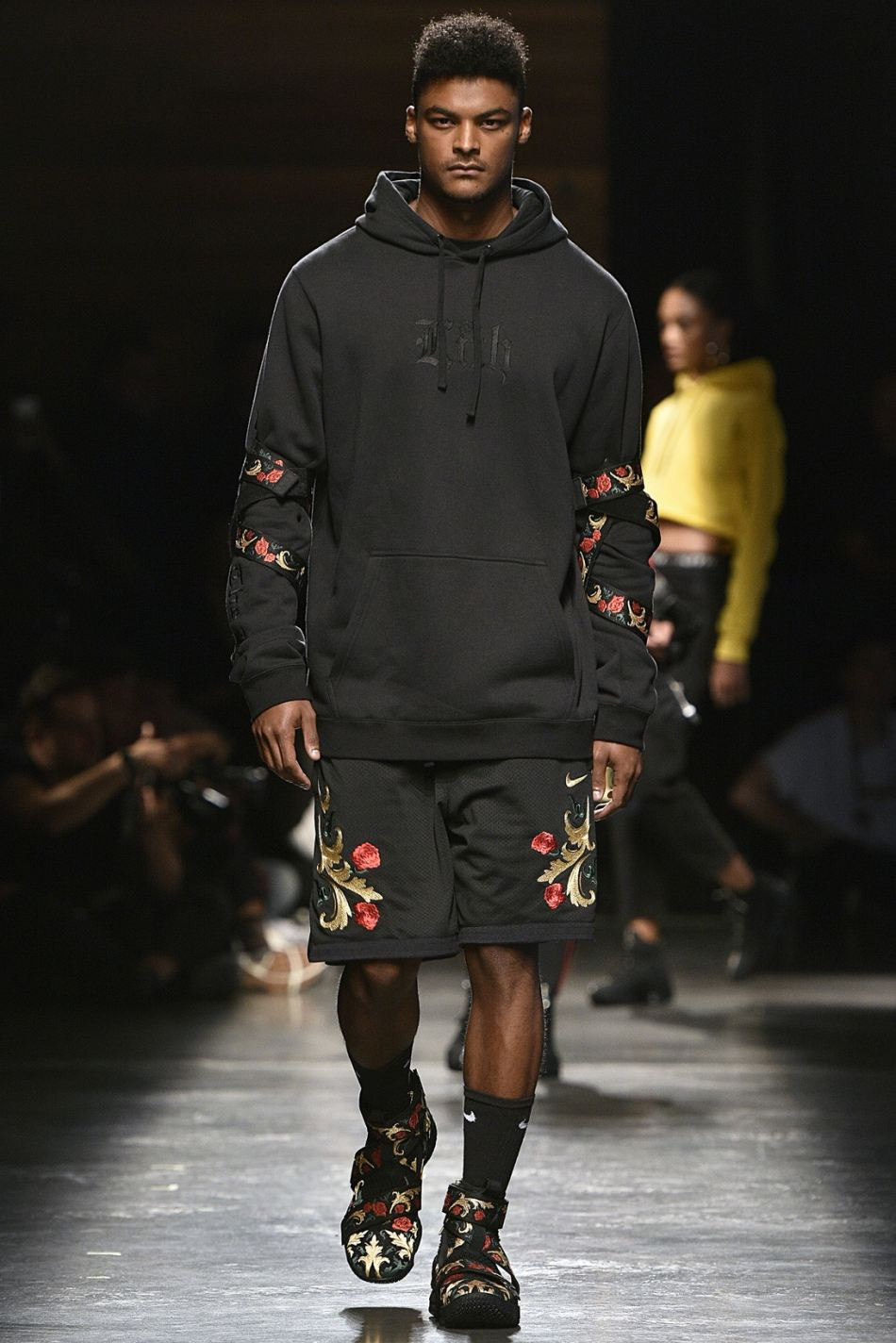 http3a2f2fhypebeast-com2fimage2f20172f092fkith-sport-2018-spring-summer-collection-runway-65