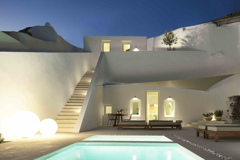 http3a2f2fhypebeast-com2fimage2f20172f092fsummer-cave-house-santorini-kapsimalis-architects-1