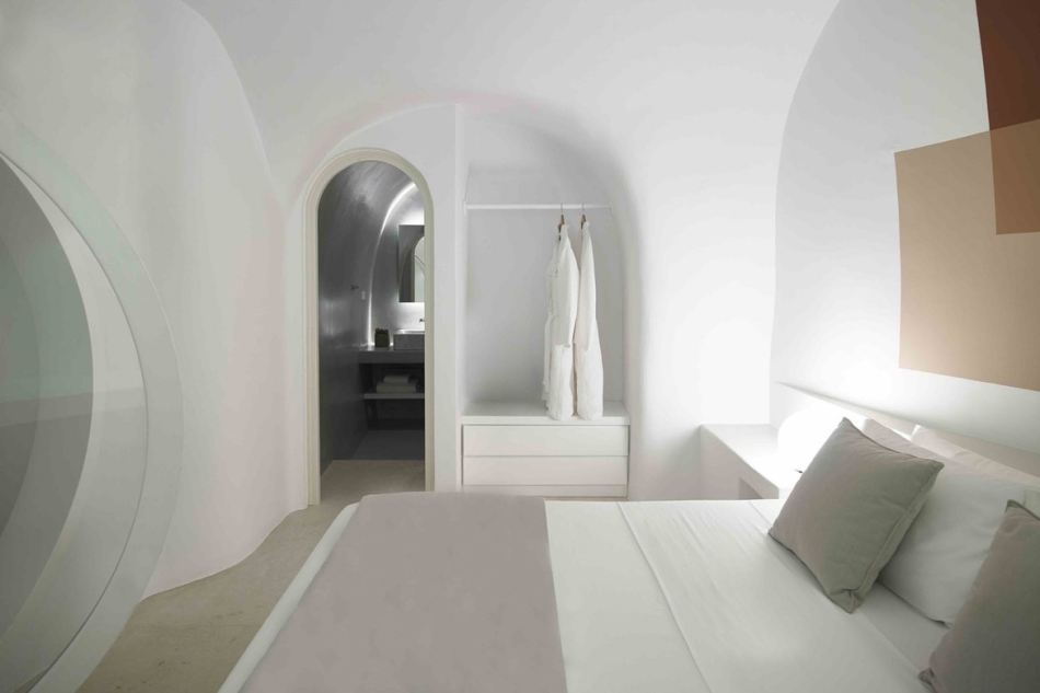 http3a2f2fhypebeast-com2fimage2f20172f092fsummer-cave-house-santorini-kapsimalis-architects-11