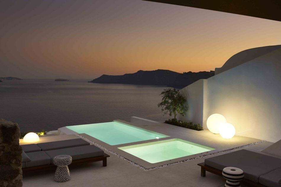 http3a2f2fhypebeast-com2fimage2f20172f092fsummer-cave-house-santorini-kapsimalis-architects-8