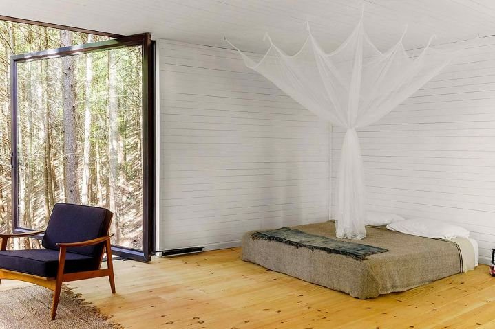 http3a2f2fhypebeast-com2fimage2f20172f102fhalf-tree-house-jacobschang-architecture-7