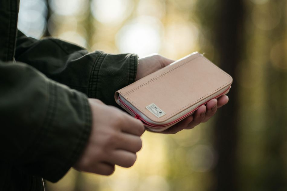 epitome-hex-natural-state-sneaker-backpack-iphone-wallet-7