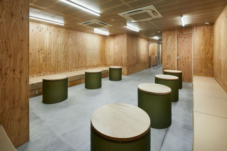 schemata-architects-do-c-ebisu-capsule-hotel-11