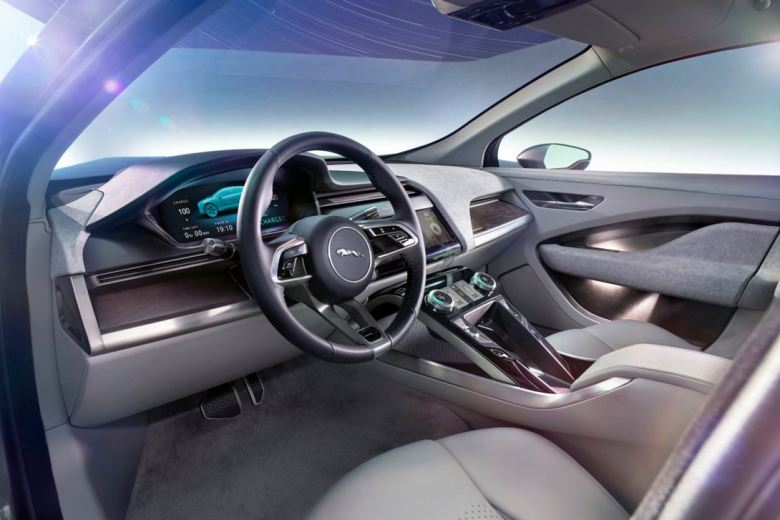 jaguar-i-pace-electric-suv-8