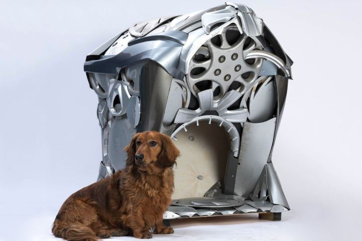 bowwow-haus-london-exhibition-zaha-hadid-dog-kennel-3