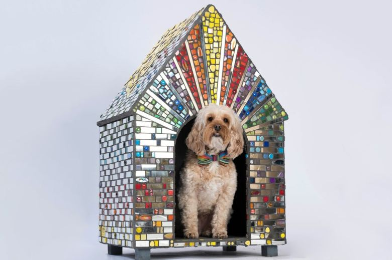 bowwow-haus-london-exhibition-zaha-hadid-dog-kennel-7