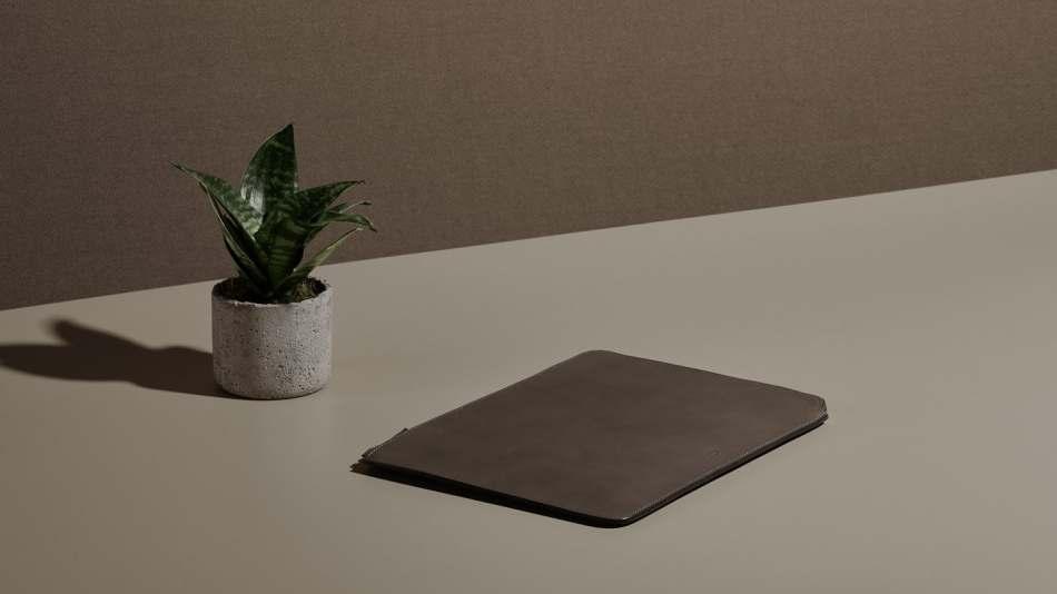 carl-friedrik-islington-laptop-fango-creative
