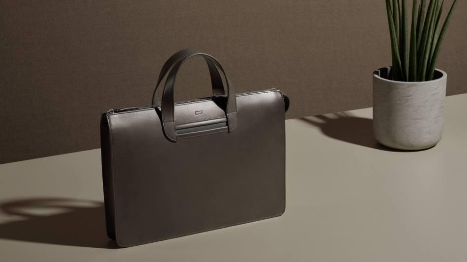 carl-friedrik-vallance-briefcase-fango-creative-c