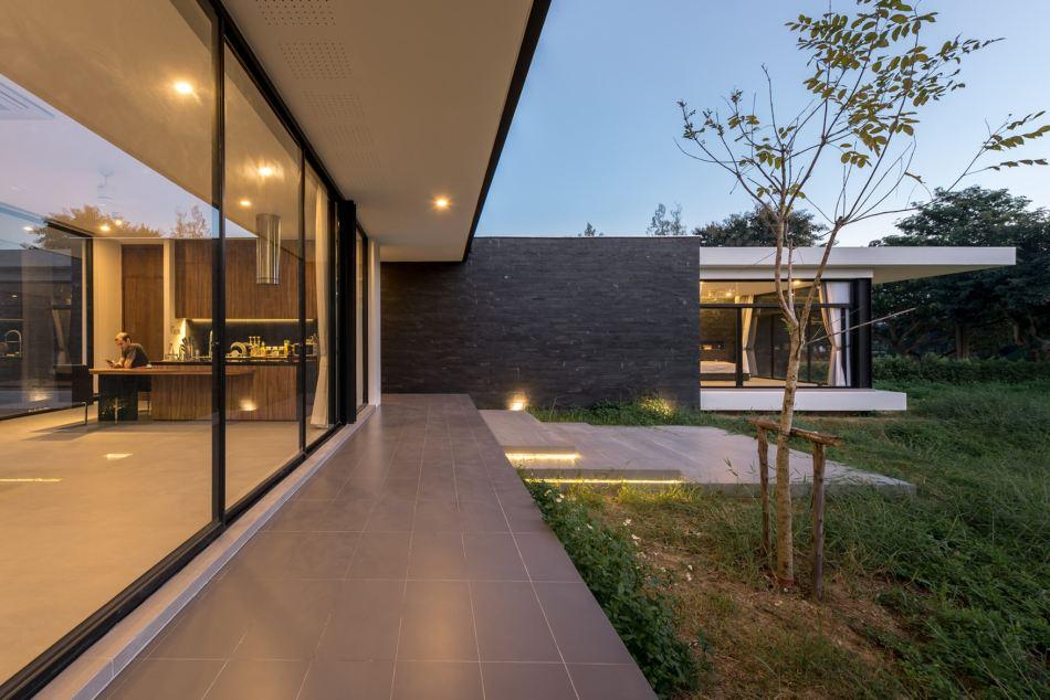 maxime-residence-blank-studio-2