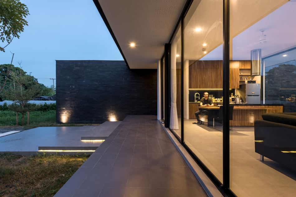 maxime-residence-blank-studio-3