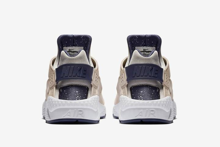 nike-air-huarache-moon-landing-closer-look-5