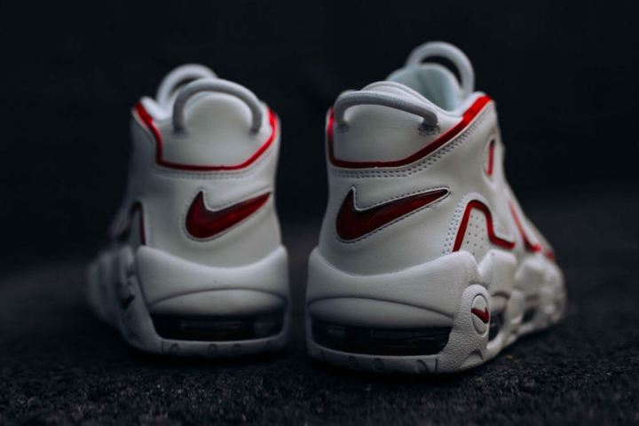 nike-air-more-uptempo-varsity-red-release-005
