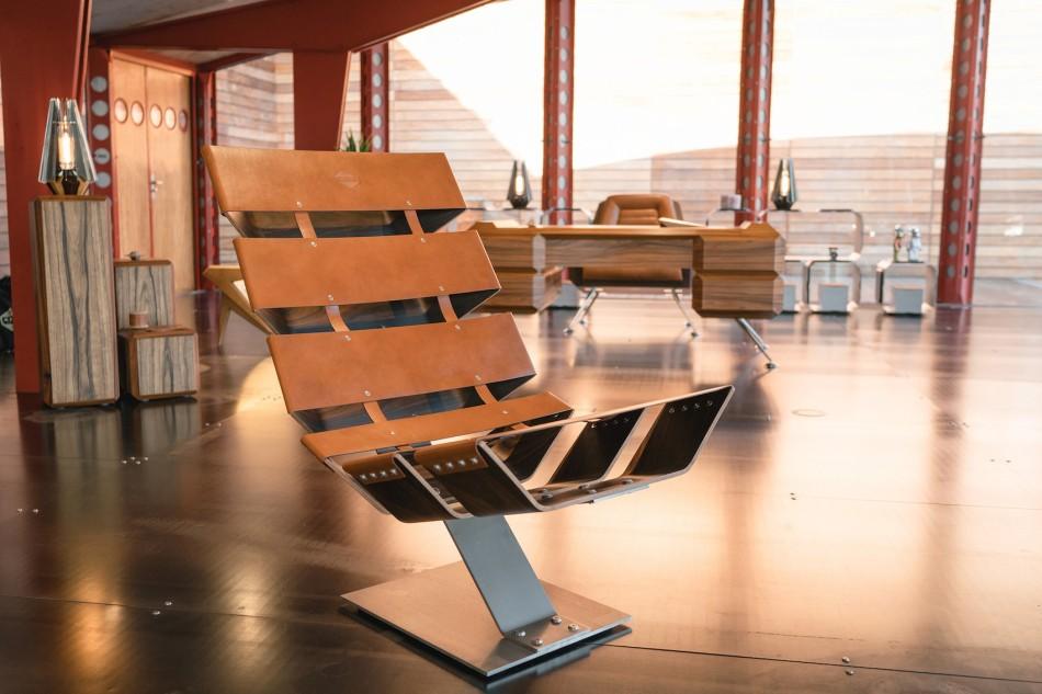 https3a2f2fhypebeast-com2fimage2f20182f062fdaft-punk-hervet-furniture-pop-up-maxfield-los-angeles-9