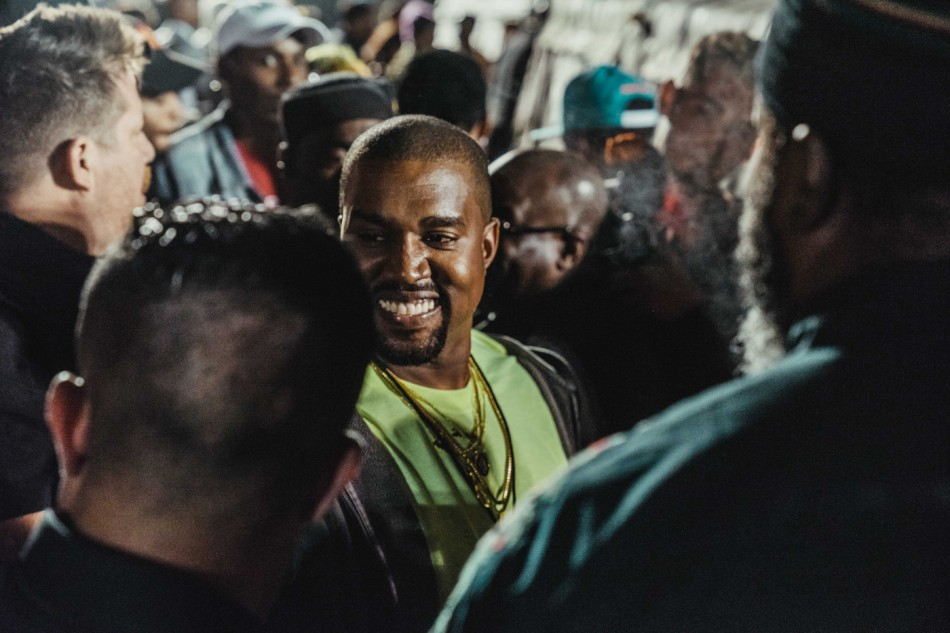 https3a2f2fhypebeast-com2fimage2f20182f062fhypebeast-nasir-listening-party-kanye-west-17