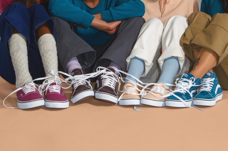 https3a2f2fhypebeast-com2fimage2f20182f062fvans-color-theory-collection-02