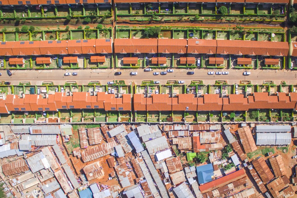 https3a2f2fhypebeast-com2fimage2f20182f082fdrone-photography-shows-stark-inequality-around-the-world-008