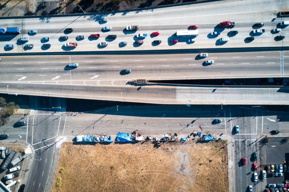 https3a2f2fhypebeast-com2fimage2f20182f082fdrone-photography-shows-stark-inequality-around-the-world-009
